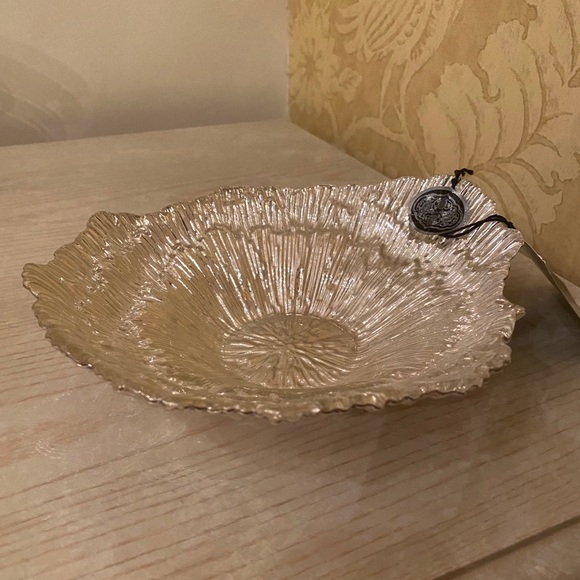 NEW Artistic Accents Genuine Silver Dish